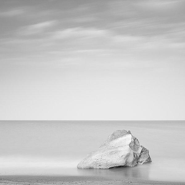 Roca Blanca - Eduardo Santillana